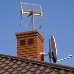 3494375-antena-satelitarna-na-dachu-643-430